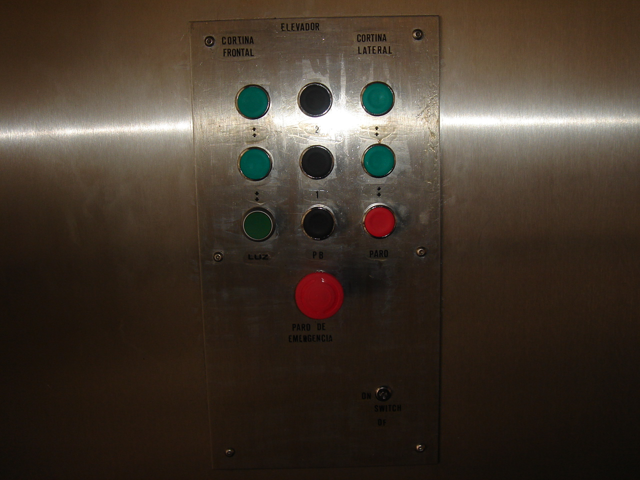 Elevador carga detalle